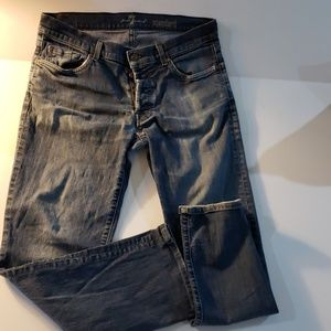 Seven for all mankind standard 33